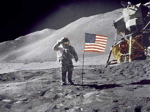 Lunar-salute_1050_600x450